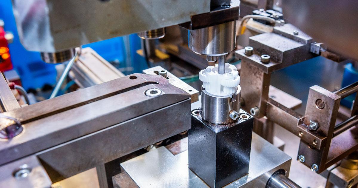Avtomatizirana sestava pogonskih sklopov